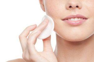 Een goede reiniging is van essentieel belang voor een gezonde huid.
